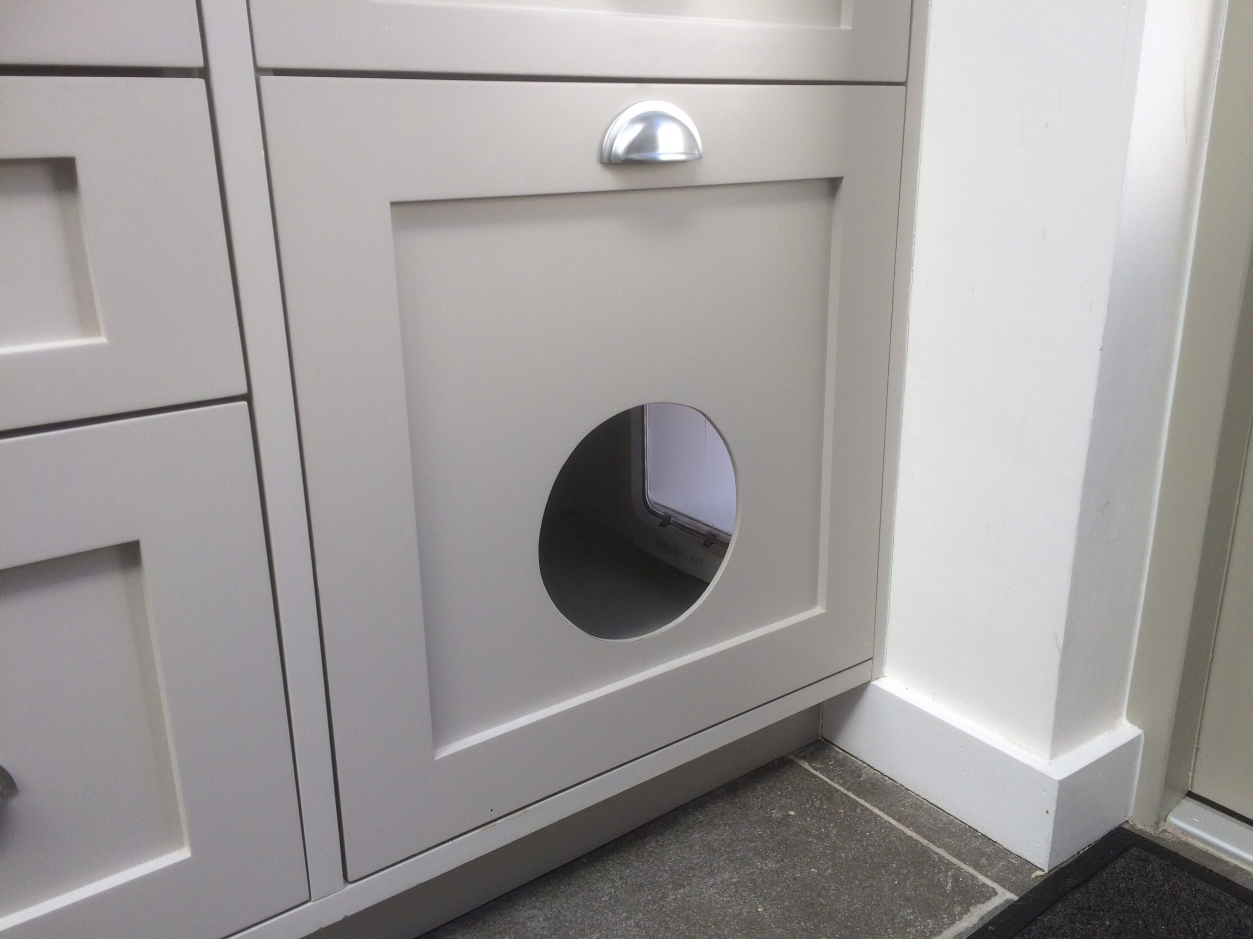 Catification – a 'Mud Room' for the cat flap, integrated into the kitchen!